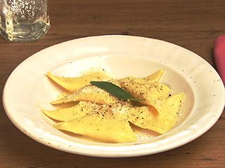 レシピ ラビオリ 生パスタ生地から作るトルテリーニのレシピ。ぷりぷり食感のイタリア版の水餃子!
