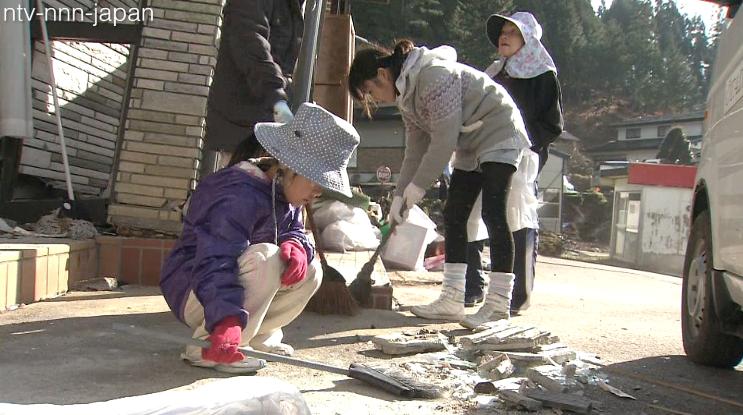 Nagano quake cleanup underway