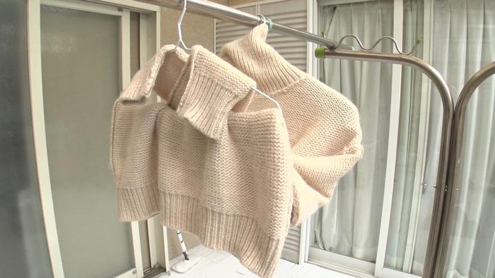 方 セーター 干し